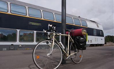 Bianchi bike in front of Danish double decker coach